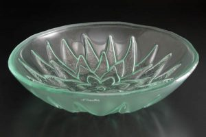 "Serving Bowl ""Lotus"""