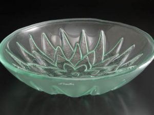 recycled-glass-bowl-Lotus-clear