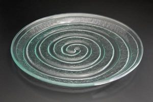recycled-glass-serving-plate-Spiral-clear