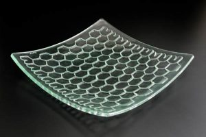 recycled-glass-serving-platter-Honeycomb-clear-curved-square