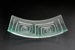 recycled-glass-serving-platter-Labyrinth-double-clear-curved-rectangle